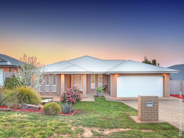 14 Osterley Street, Bourkelands NSW 2650