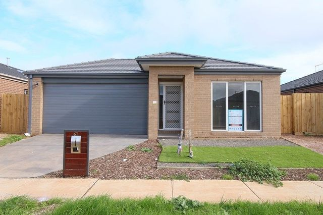 61 Corbet Street, Melton South VIC 3338