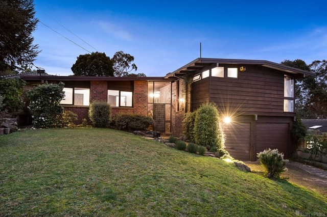 21 Byways Drive, Ringwood East VIC 3135