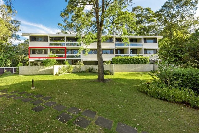 5/30 Holland Court, Broadbeach Waters QLD 4218