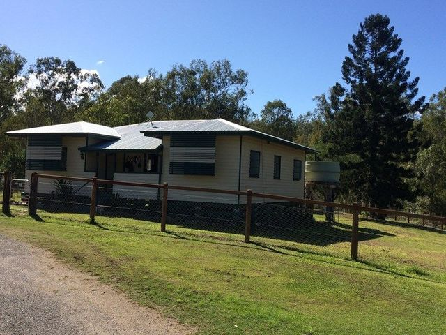 3 Russell St, Mount Perry QLD 4671