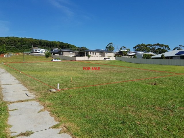 72 Wamara Crescent, Forster NSW 2428
