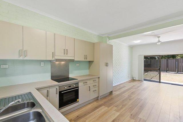 2/25 Hervey Street, QLD 4655