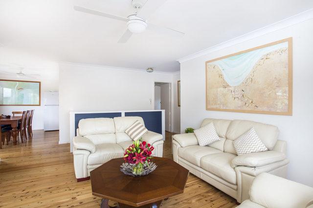 86 Tallwood Ave, NSW 2539