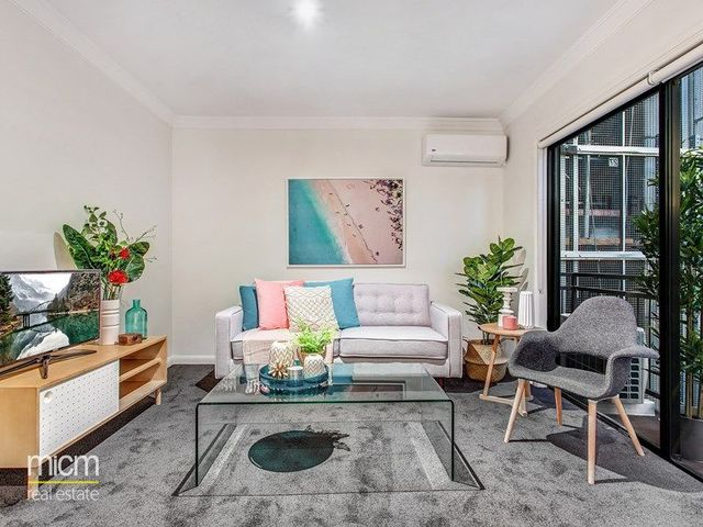 608/67-71 Stead Street, South Melbourne VIC 3205