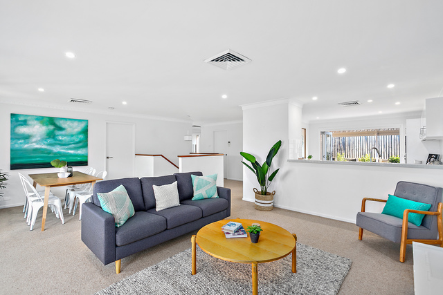 24 Agapantha Terrace, Woonona NSW 2517