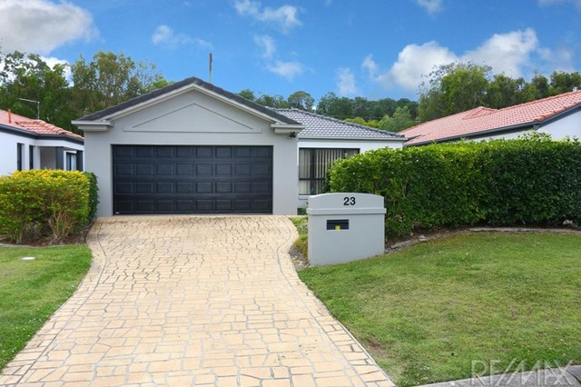 23 Blackwattle Cct, Arundel QLD 4214