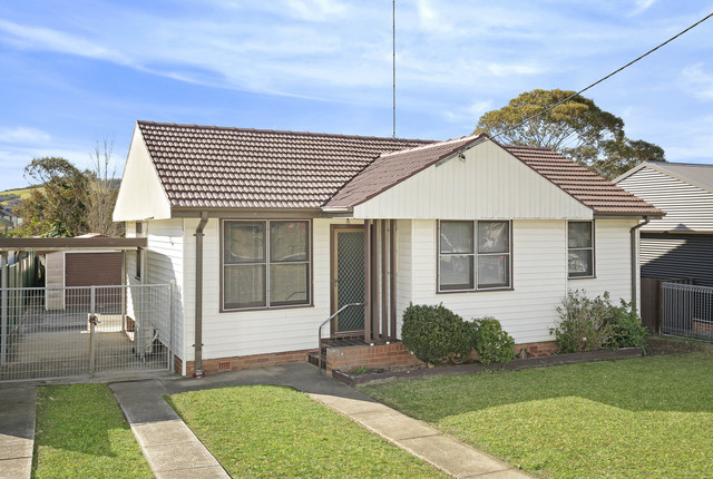 484 Northcliffe Drive, Berkeley NSW 2506