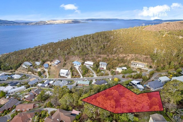25 Gardenia Grove, Sandy Bay TAS 7005