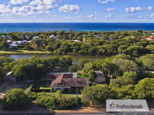 1158 Caves Road, Quindalup WA 6281