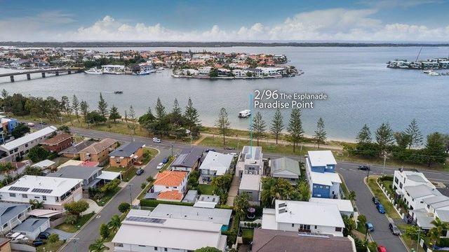 2/96 The Esplanade, Paradise Point QLD 4216