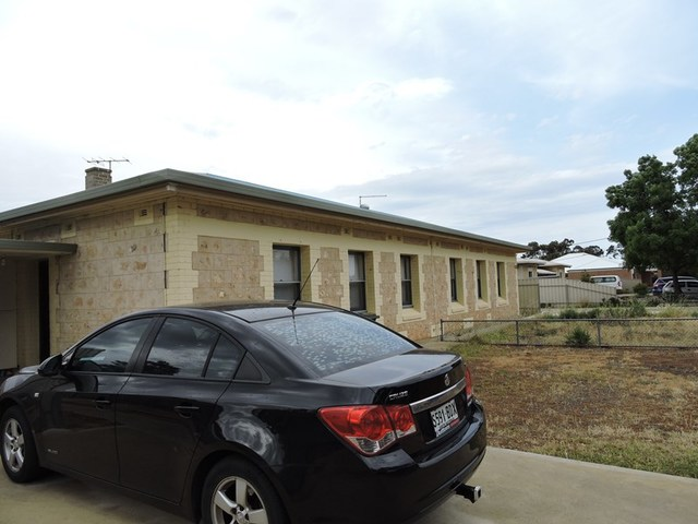 2 Galway, Murray Bridge SA 5253