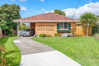 54 Crystal Downs Drive