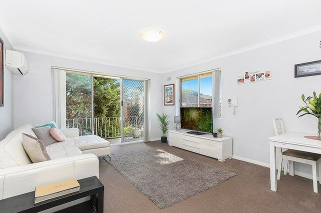 6/33 Templeman Crescent, NSW 2036
