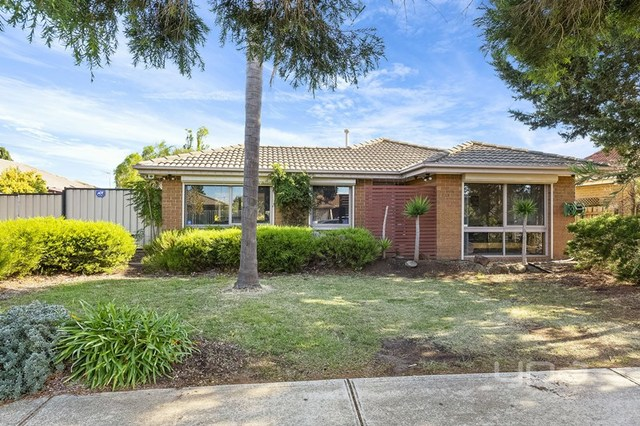 63 Dowling Avenue, Hoppers Crossing VIC 3029