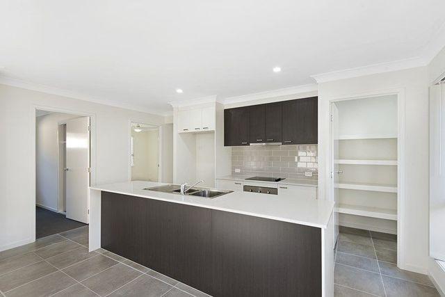 7 Mica Street, Yarrabilba QLD 4207