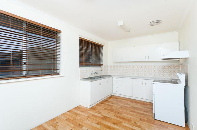 3/11 McKeahnie Street, Crestwood NSW 2620