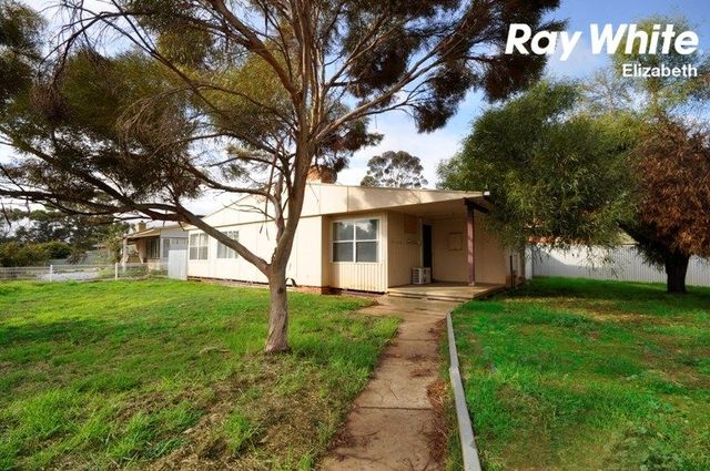 7 Manningford Road, Elizabeth South SA 5112