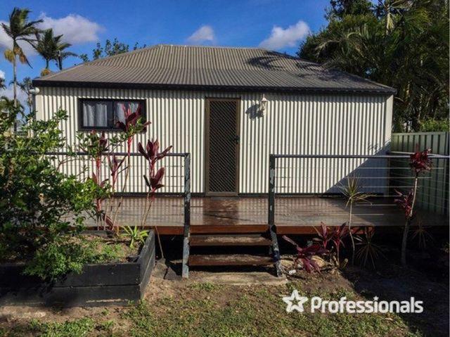 4 Dobbins Lane, QLD 4800