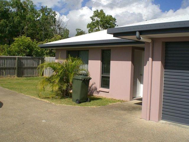 2/14 Banksia Court, Cannonvale QLD 4802