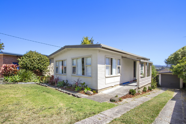 2 Riverview Crescent, NSW 2536