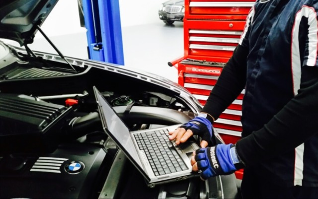 Automotive Servicing And Repairs * Prestige, Caroline Springs VIC 3023