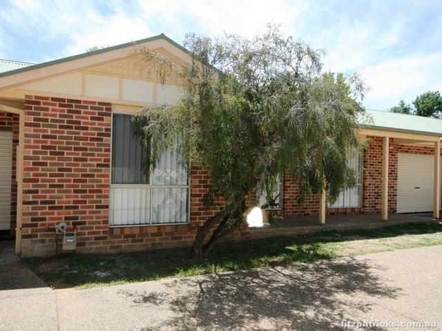 2/410 Lake Albert Road, Kooringal NSW 2650