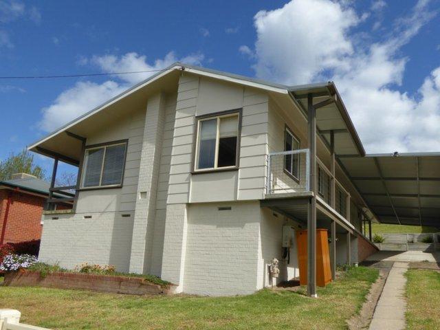 180 Punch Street, Gundagai NSW 2722