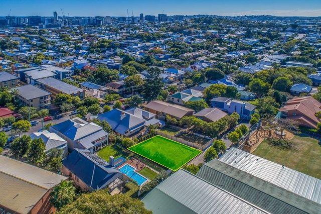 16 Wynberg Lane, QLD 4005