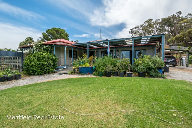 75 The Esplanade, Lower King WA 6330