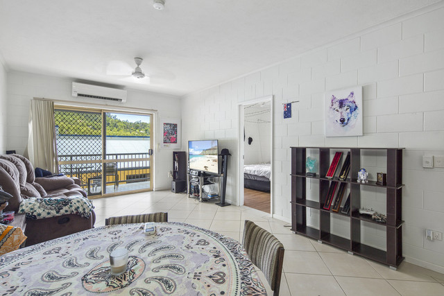 4/5 Border Drive, Cannonvale QLD 4802