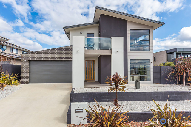 7 Tishler Street, Wright ACT 2611
