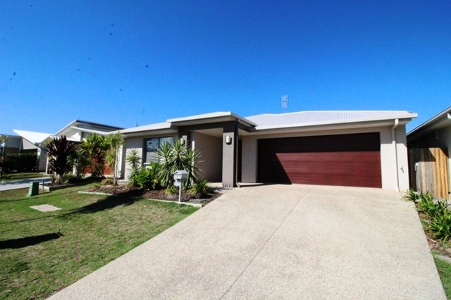 8 Copper Crescent, Caloundra West QLD 4551
