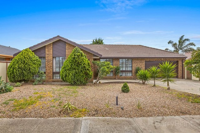 30 Morcambe Crescent, Keilor Downs VIC 3038