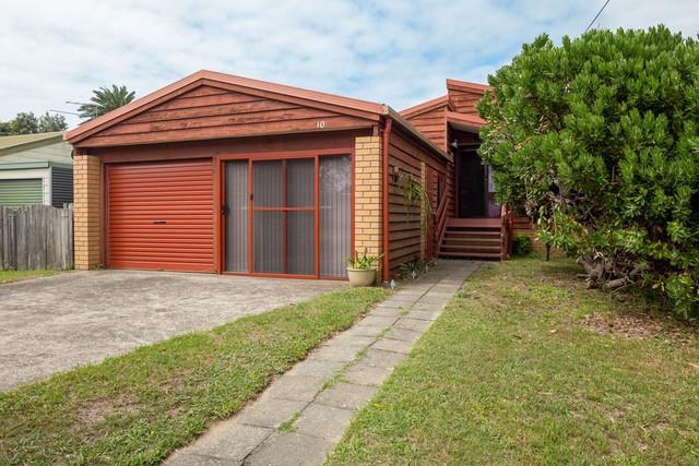 10 Kingston Place, Tomakin NSW 2537
