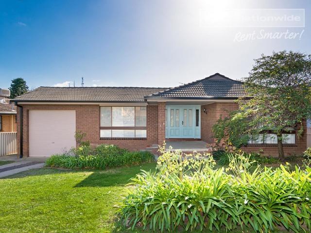 19 Banks Avenue, Kooringal NSW 2650