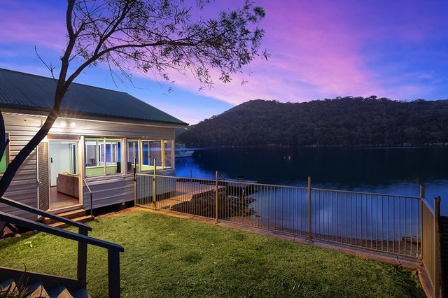 54 Cowan Drive, Cottage Point NSW 2084