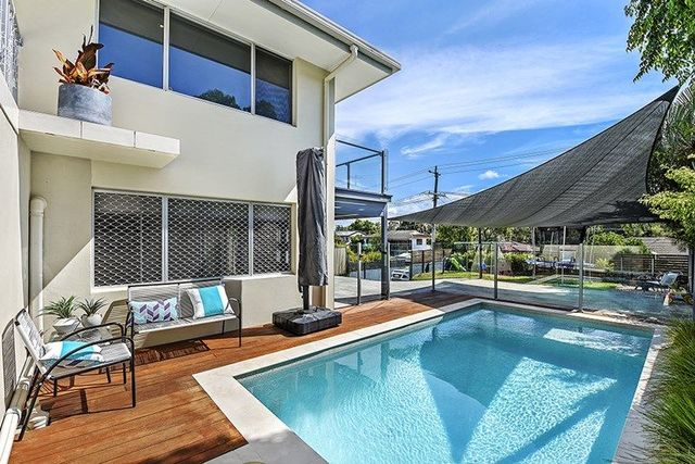 13 Clifton Street, Biggera Waters QLD 4216