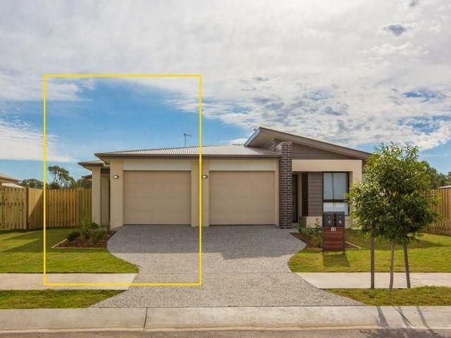 2/40 Azure Street, Rosewood QLD 4340