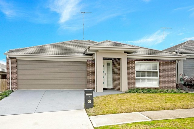 7 Blue View Terrace, Glenmore Park NSW 2745
