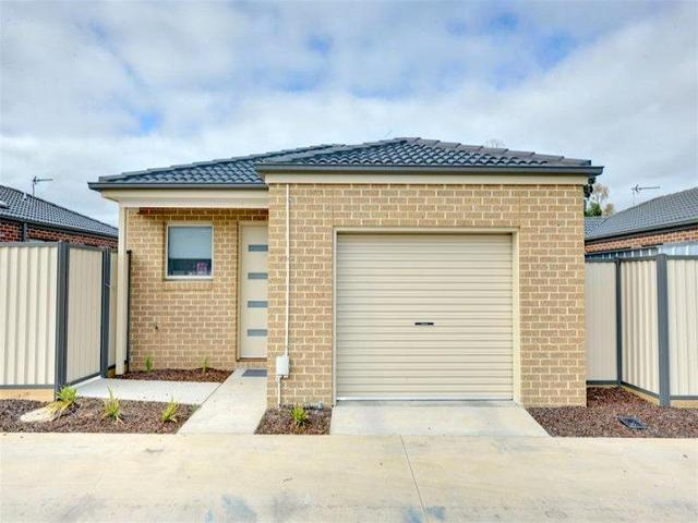 17 Ron Court, Canadian VIC 3350