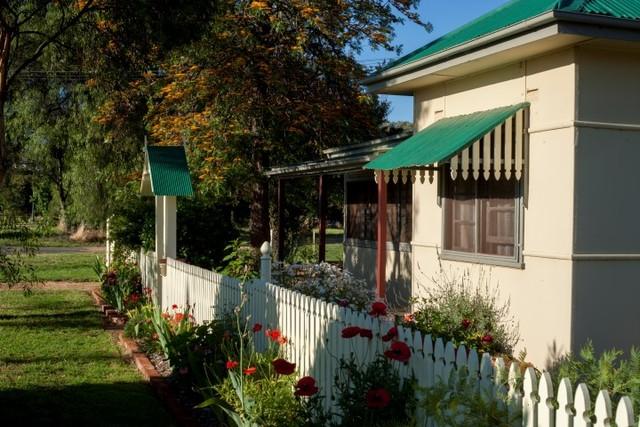 23 Brundah Street, Grenfell NSW 2810