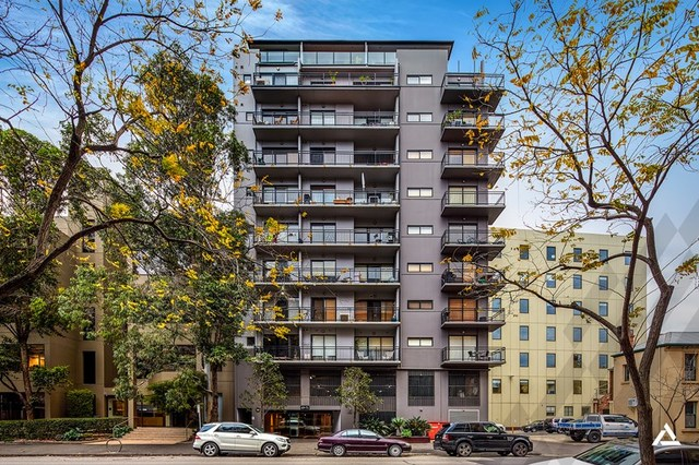 610/69-71 Stead Street, South Melbourne VIC 3205
