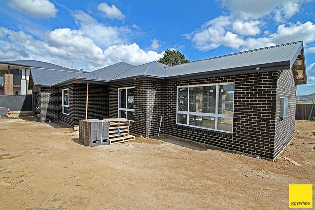 9 McKay, NSW 2621