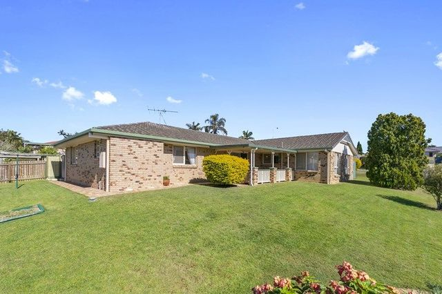 90 Kavanagh Road, Wishart QLD 4122