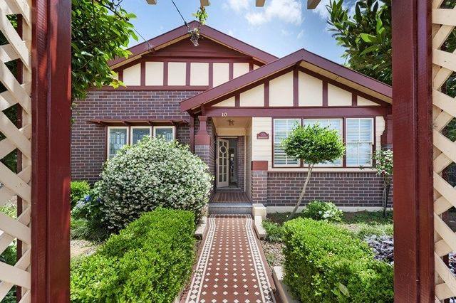 10 Boronia Avenue, NSW 2046