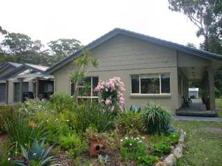 12 Coulon Street H013