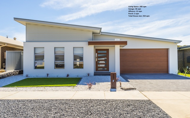 20 Janine Haines Terrace, Coombs ACT 2611