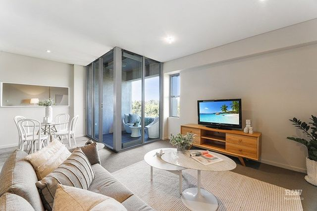 15/10 Terry Road, NSW 2203