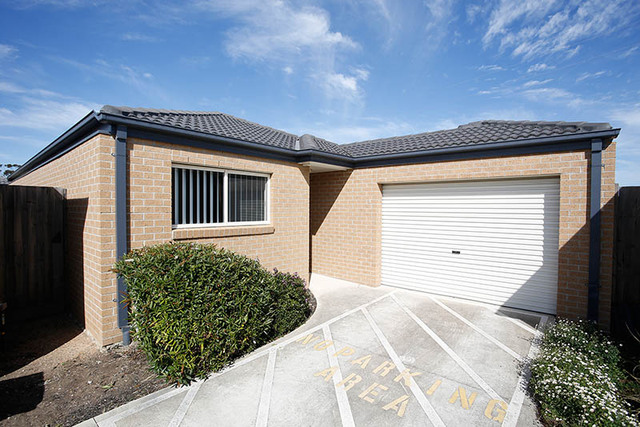 3/31-37 Cover Drive, Sunbury VIC 3429